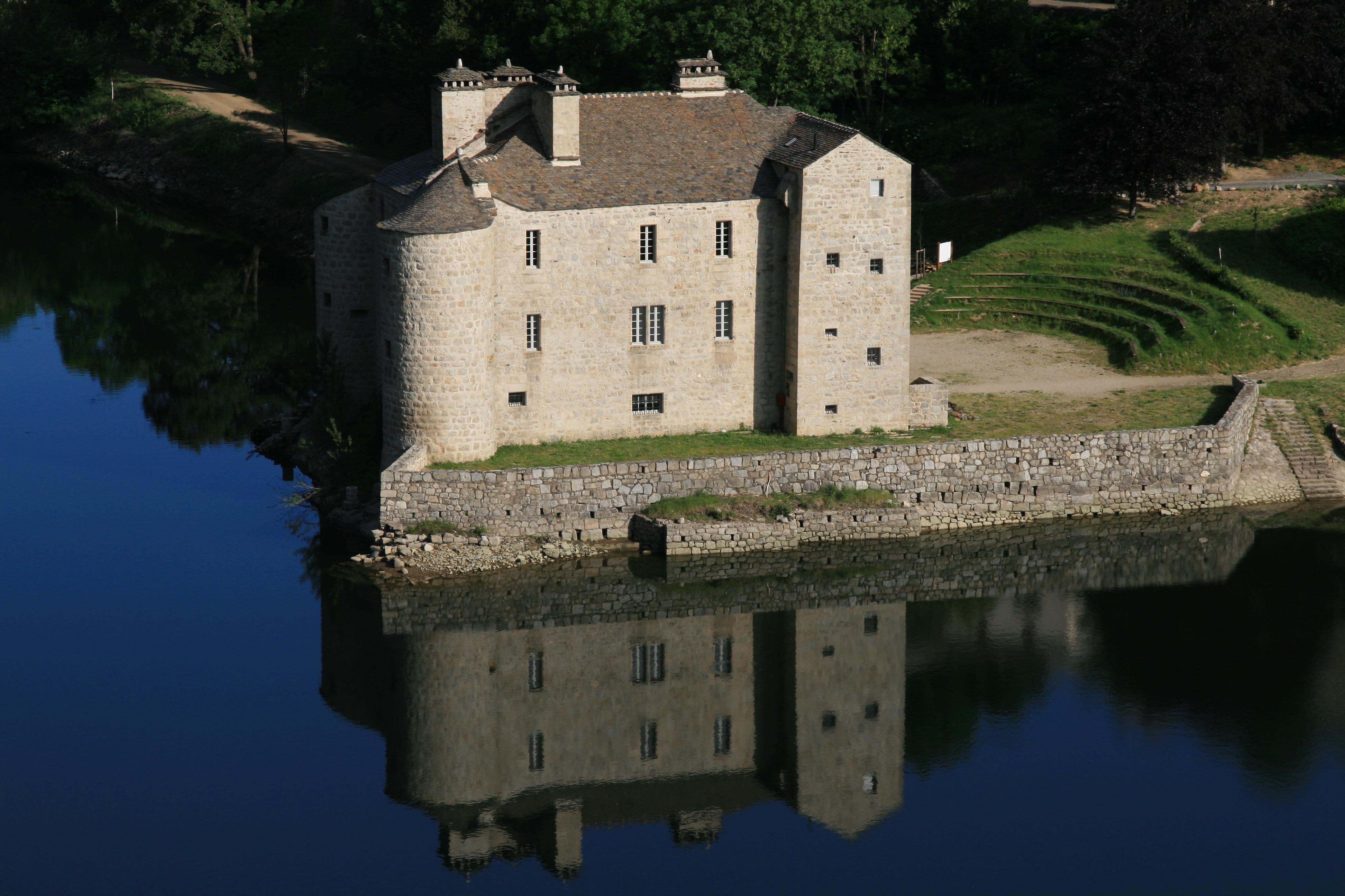Au château de Castanet cet été !